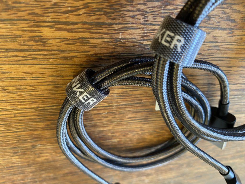 Anker 高耐久ナイロン USB-C & USB-A 2.0 ケーブル